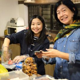 With my partner in crime in setting up the desserts, Tita Maricor, Lalee's mom! (Photo by Sarah Mendoza)